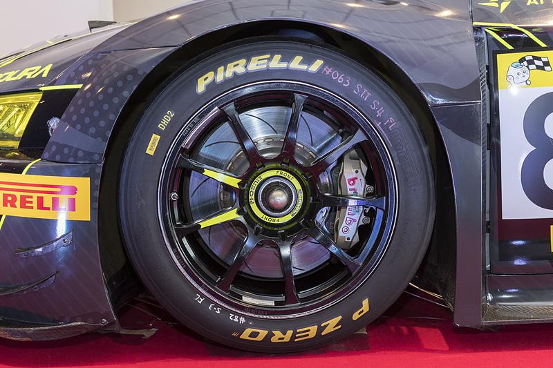 スーパー耐久はピレリのワンメイクタイヤ。いずれもピレリタイヤを装着していた