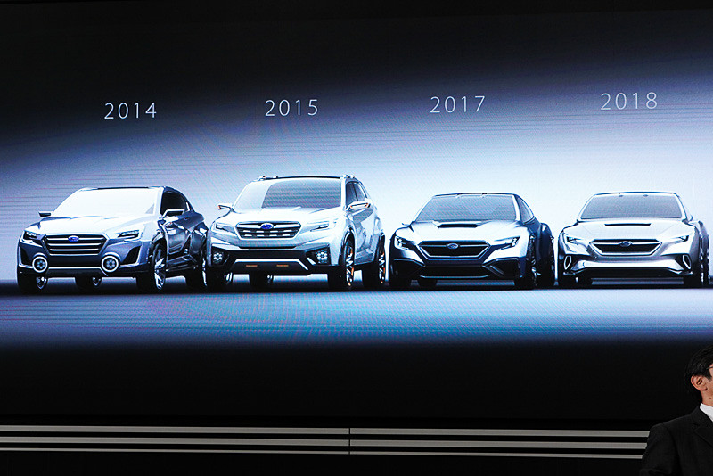 2014年からのコンセプトカーが展示されている