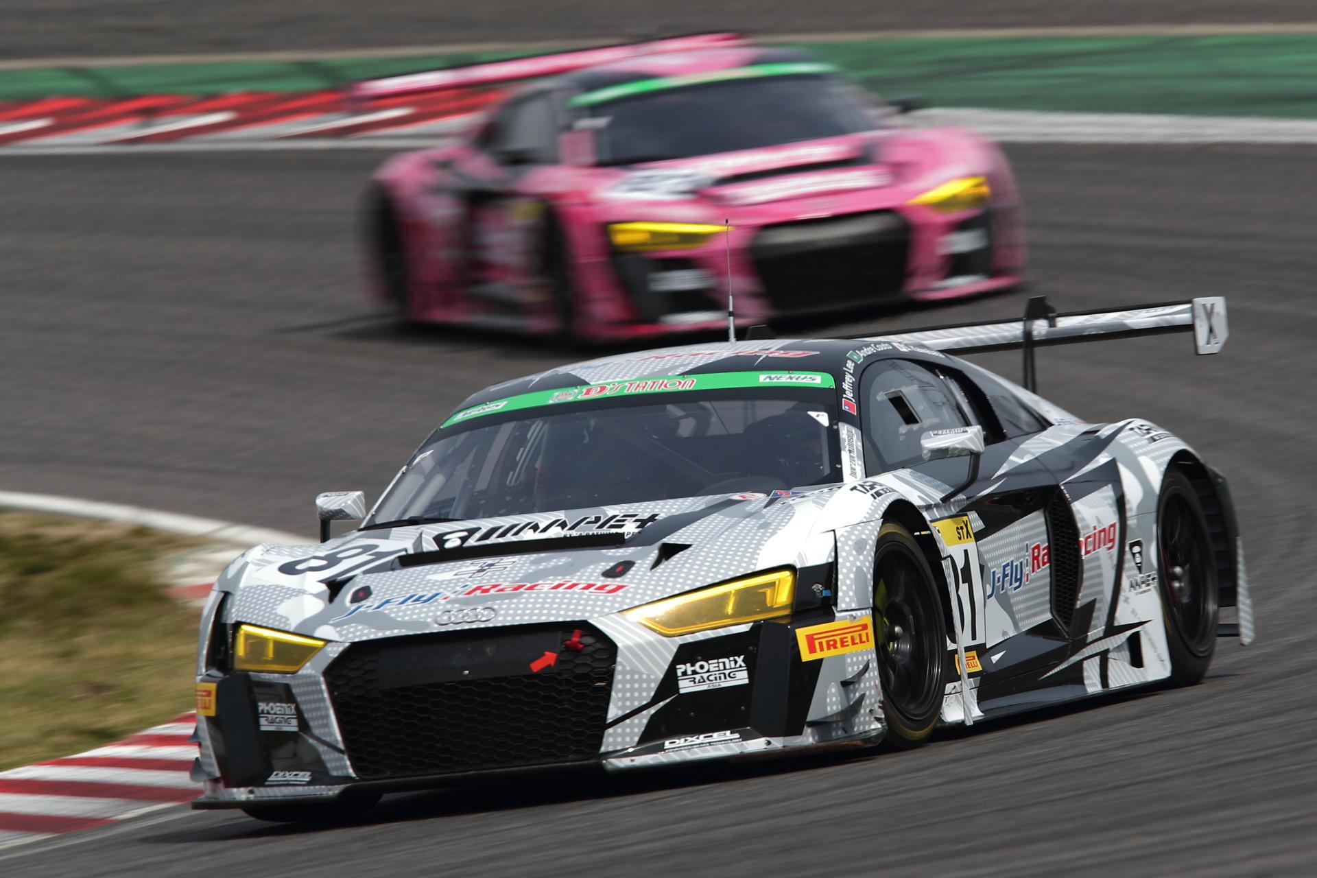 5位 No.81 J-Fly Racing R8(R8 LMS)Jeffrey Lee/Andre Couto/川端伸太朗