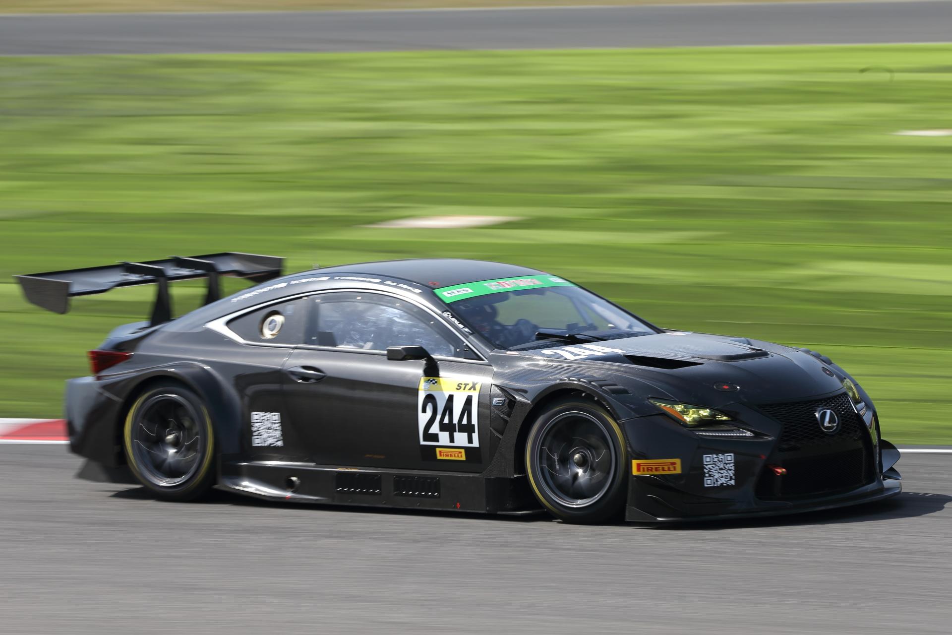 7位 No.244 MAX Racing RC-F(RC F GT3)GoMax/田中哲也/佐藤公哉/土屋武士