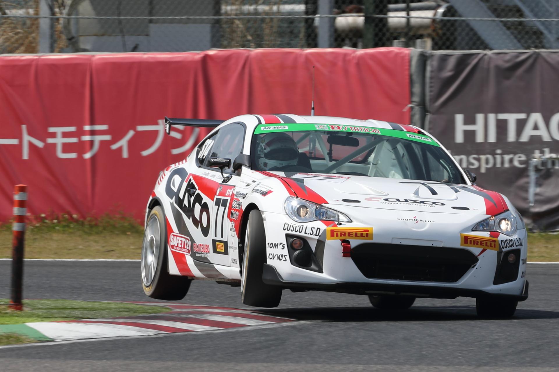 9位 No.77 CUSCO RACING 86(ZN6)山田英二/遠藤浩二/中島保典