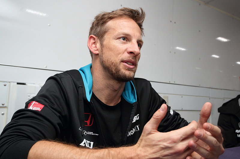 2018年シーズン、SUPER GTに参戦するF1世界チャンピオン ジェンソン・バトン選手