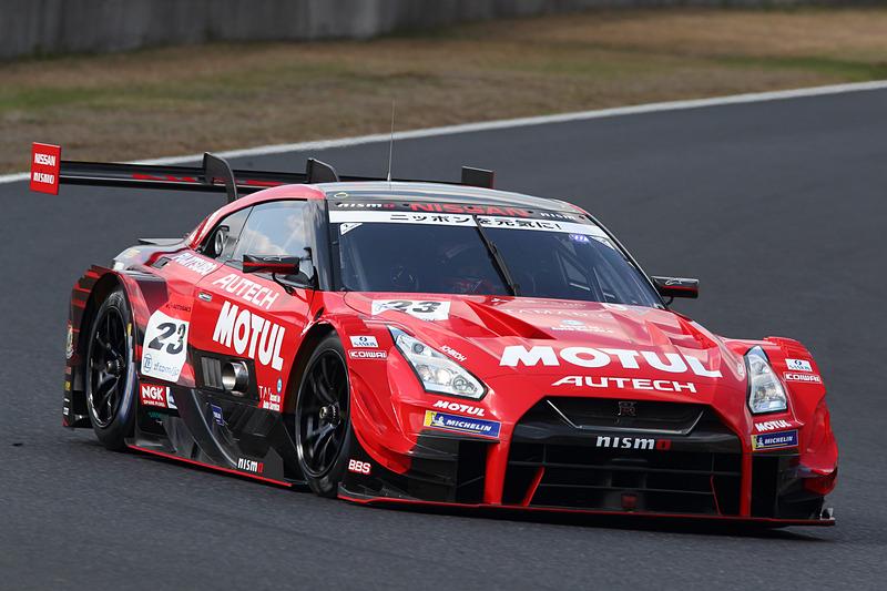 5位となった23号車 MOTUL AUTECH GT-R(松田次生/ロニー・クインタレッリ組)