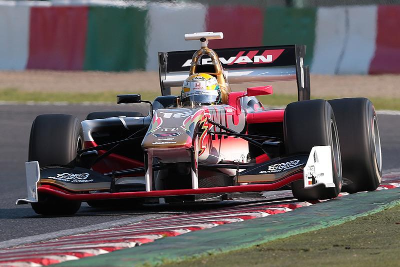 スーパーフォーミュラ開幕戦でポールポジションを獲得した山本尚貴選手(16号車 TEAM MUGEN SF14/Honda HR-417E)