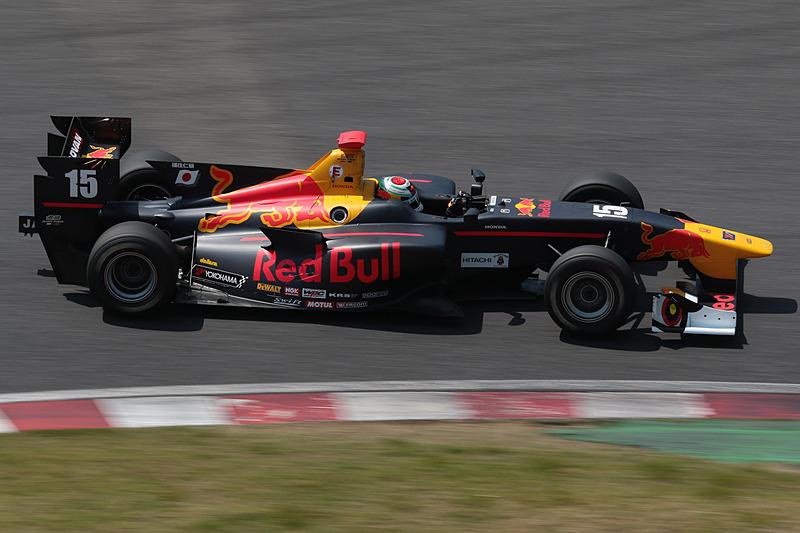デビュー戦ながら予選2位を獲得した福住仁嶺選手(15号車 TEAM MUGEN SF14/Honda HR-417E)