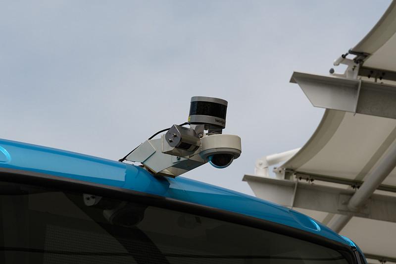 リア上部のカメラやLiDAR