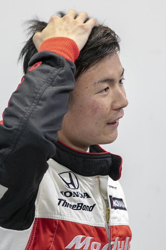 大津選手。中段の混戦を経験したことでSUPER GTでの予選の重要さを再確認したとのこと