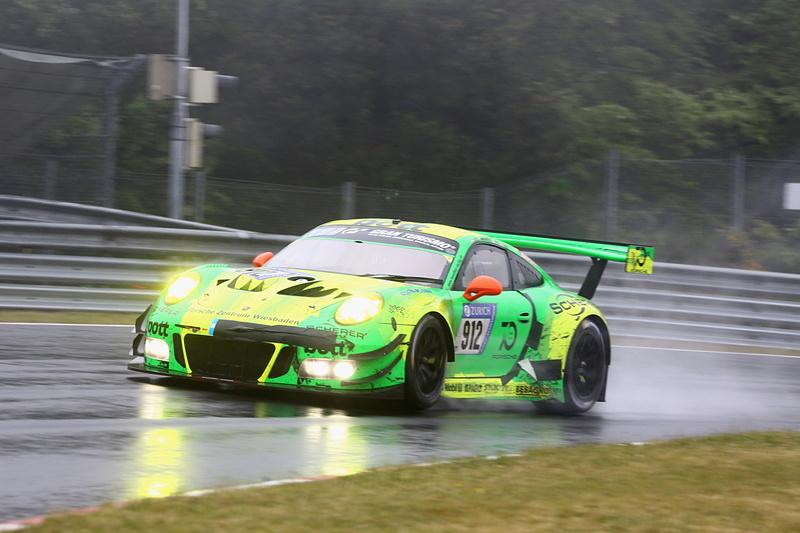 「第46回 ニュルブルクリンク24時間耐久レース(46. ADAC Zurich 24h-Rennen 2018)」の決勝レースはManthey Racingの912号車 Porsche 911 GT3 Rの総合優勝で幕を閉じた