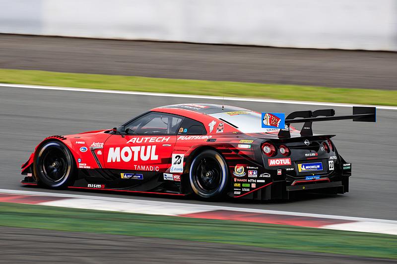 SUPER GT第2戦の富士スピードウェイで、ミシュランタイヤ装着の23号車 MOTUL AUTECH GT-Rが優勝