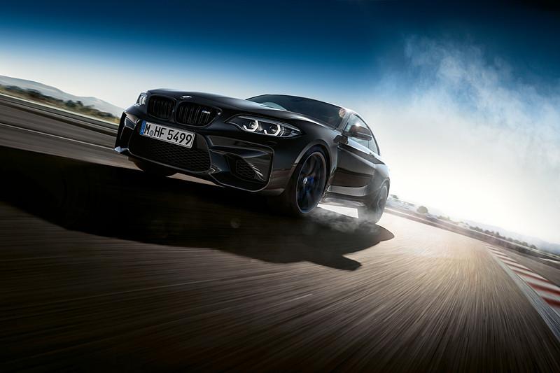 100台限定モデル「M2クーペ Edition Black Shadow」
