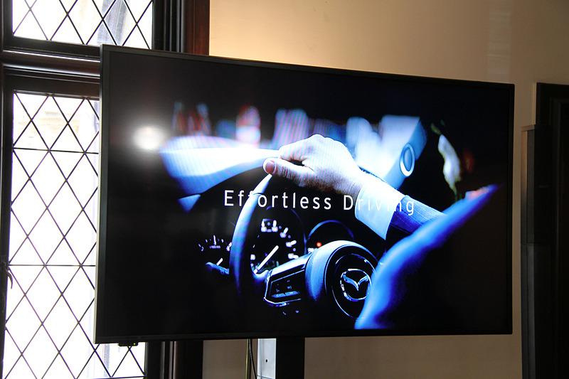 """走行性能の進化を表す開発キーワード「Effortless Driving」は""""努力を要しない走行""""を表す"""