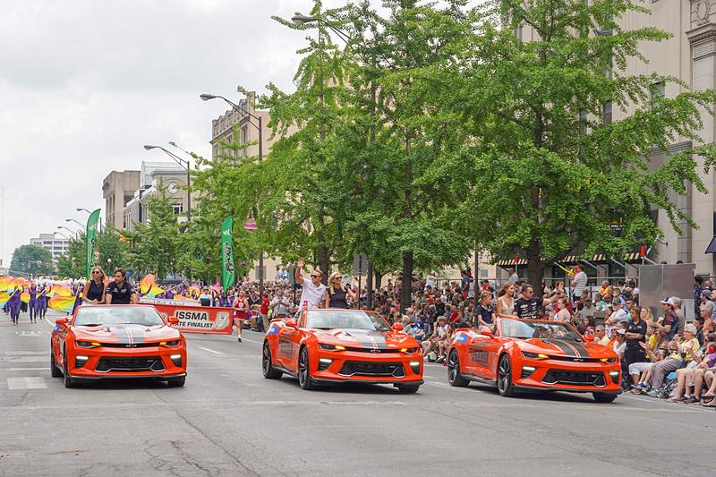 7列目のドライバー、左から21位カルロス・ムニョス選手、20位マックス・チルトン選手、19位ジェームス・デービソン選手