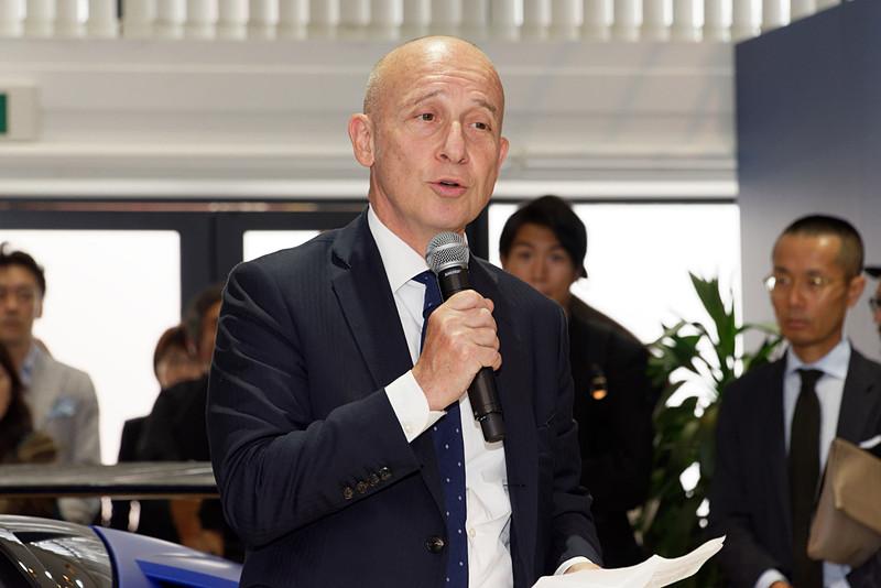 イタリア駐日大使のジョルジョ・スタラーチェ氏がゲストとして登壇。「ランボルギーニは日本市場において高い存在感を示しており、ワールドワイドでも成長し続けている。今後もますますの発展を」とコメントした