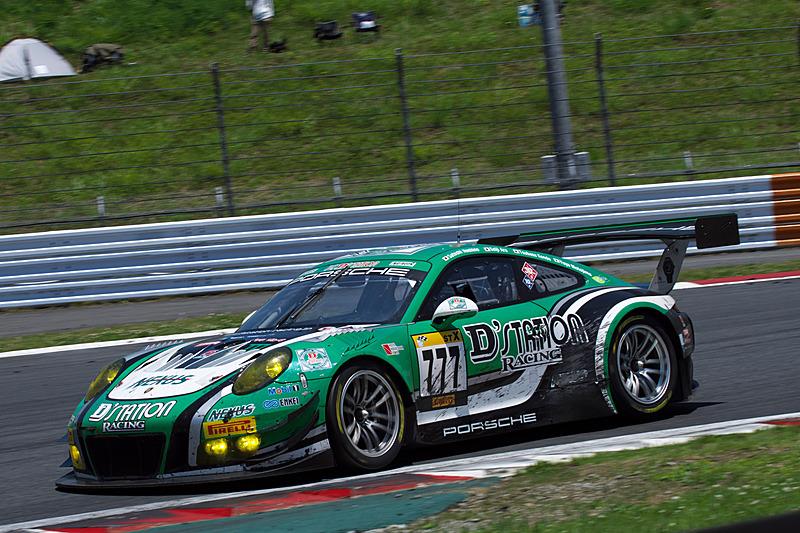 完走目前でリタイアとなった777号車「D'station Porsche」