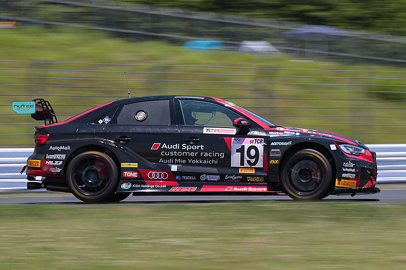 ST-TCRクラス3位の19号車「BRP★Audi Mie RS3 LMS」