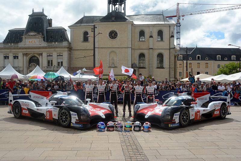 TOYOTA GAZOO Racing(トヨタ自動車)はマイク・コンウェイ/小林可夢偉/ホセ・マリア・ロペス組の7号車、中嶋一貴/セバスチャン・ブエミ/フェルナンド・アロンソ組の8号車という2台の「TS050 HYBRID」でル・マン24時間レースに挑む
