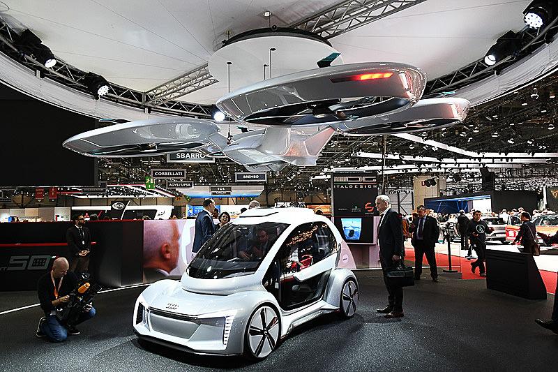 """アウディ&エアバス&イタルデザインが3月に開催されたジュネーブモーターショーで発表した""""空飛ぶクルマ""""「Pop.Up Next」"""