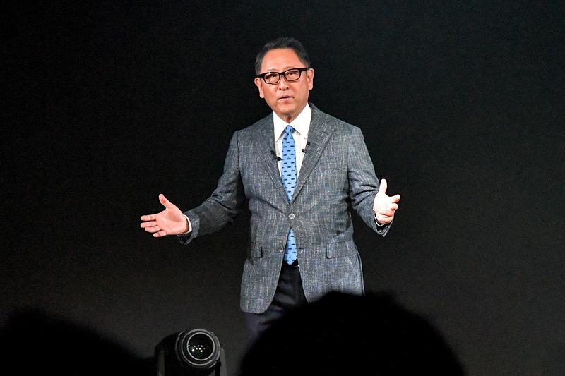 「クルマの未来が大きく変わる」と挨拶をするトヨタ自動車株式会社 代表取締役社長 豊田章男氏