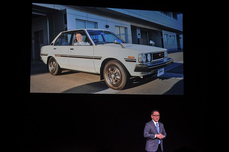 豊田社長がトヨタに入社して始めて購入したのはカローラ GTだった