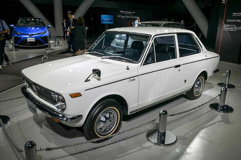 1.0リッタークラスの小型セダンとして1966年に登場した「カローラ」