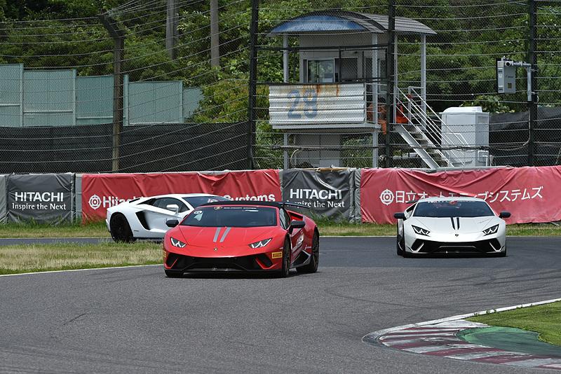 レースの合間には、ランボルギーニオーナーによる鈴鹿サーキットのフルコースを使ったパレードランも実施された