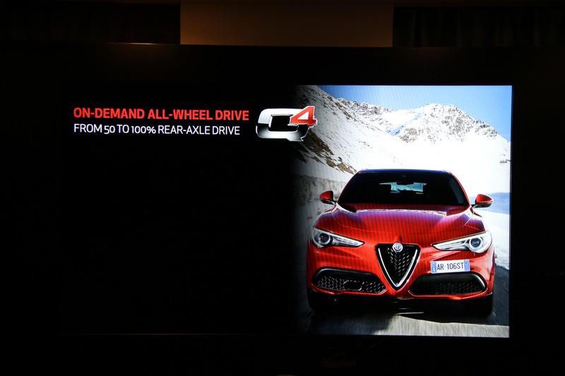 4WDシステム「Alfa Romeo Q4」を採用