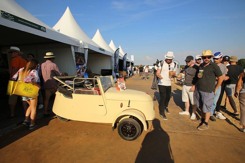1941年製のプジョーのEV(電気自動車)。最高速は30km/h
