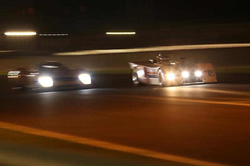 グリッド5 レース1の夕方~夜間走行