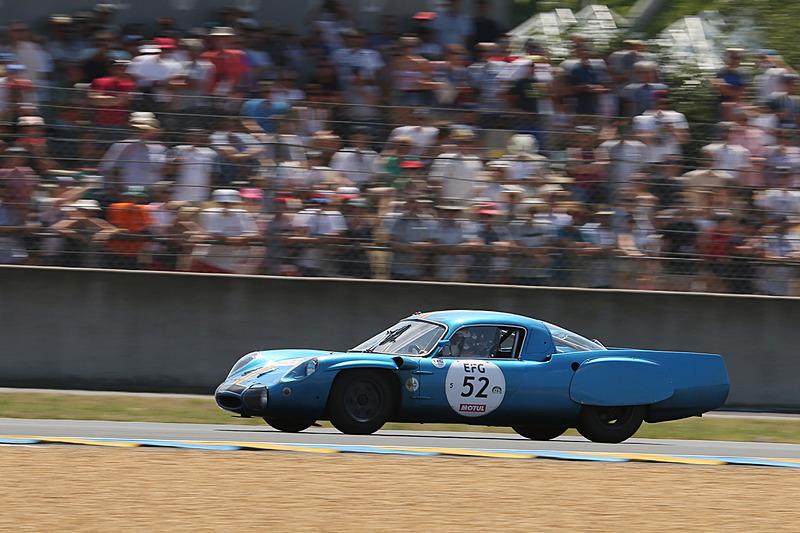 加藤仁氏のルノー アルピーヌ A210(1966年、52号車)