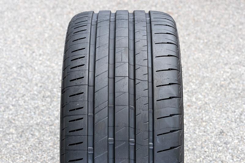 タイヤのプロファイル