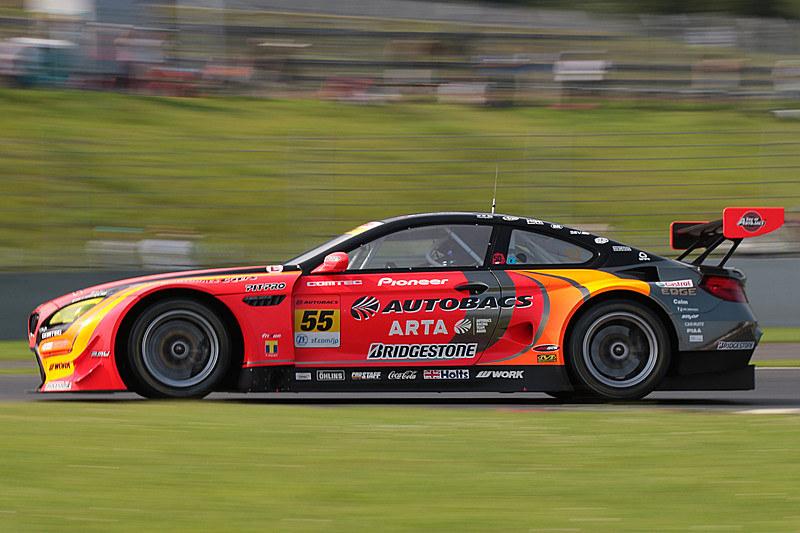 GT300クラスは55号車 ARTA BMW M6 GT3(高木真一/ショーン・ウォーキンショー組、BS)が優勝。高木選手はGT300通算20勝目で、自身の持つ最多勝記録を更新