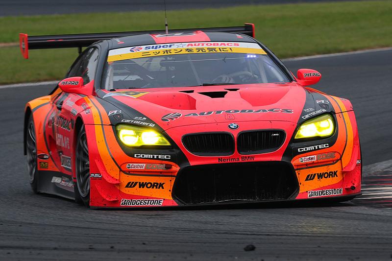 55号車 ARTA BMW M6 GT3(高木真一/ショーン・ウォーキンショー組、BS)は、SUPER GT 富士戦を3連覇