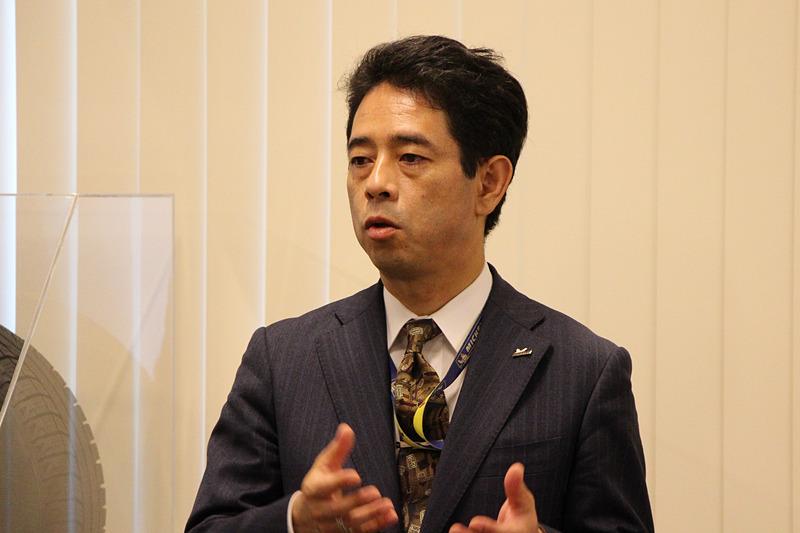 日本ミシュランタイヤ株式会社 取締役副社長 兼 研究開発本部 本部長 東中一之氏は日本におけるミシュランの研究開発について紹介