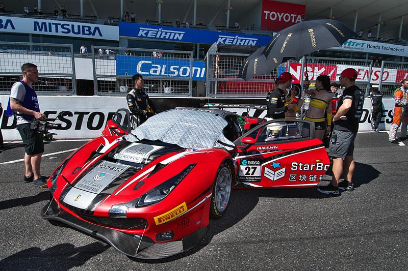 27号車 HubAuto Corsa(Ferrari 488 GT3、ダビデ・リゴン/マット・グリフィン/ミゲル・モリーナ組)
