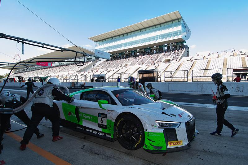 6号車 Audi Sport Team Absolute Racing(Audi R8 LMS GT3、マルクス・ウィンケルホック/クリストファー・ハース/ケルビン・ファン・デル・リンデ組)