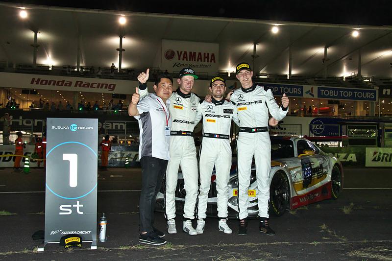 優勝した888号車 Mercedes-AMG Team GruppeM Racing(Mercedes-AMG GT3、ラファエル・マルチェッロ/マロ・エンゲル/トリスタン・ヴォーティエ組)