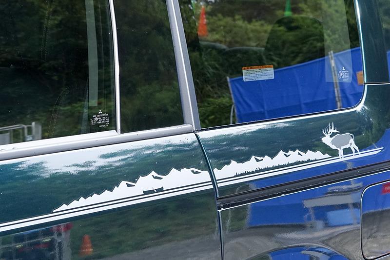 特別仕様車「JASPER」のサイドデカールの後方部分