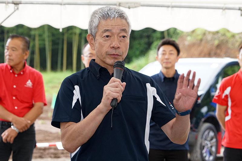 クルマの学校 三菱自動車販売協会 熊沢祥人校長のイベント開始の挨拶