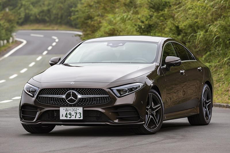 6月25日に発売された「CLS 450 4MATIC スポーツ」のボディサイズは5000×1895×1425mm(全長×全幅×全高)。ホイールベースは2940mm