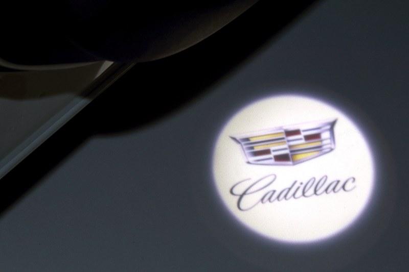 カラーLEDカーテシランプ(フロントドア用2個)