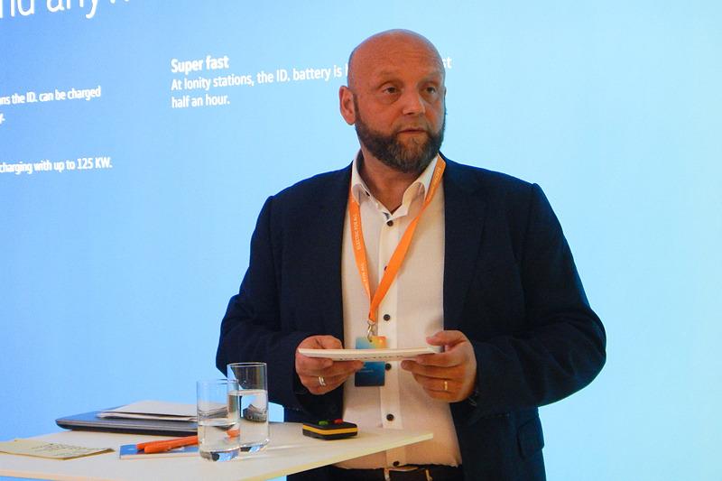 独フォルクスワーゲンで充電インフラの責任者を務めるMichel Vlahov氏