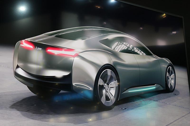 Real Textureの技術概要。金属など光沢のある素材の表現に効果的という
