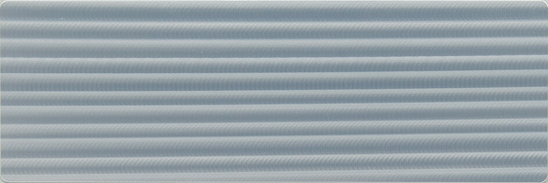 """""""F SPORT""""専用のオーナメントパネル「本アルミ(刃取調仕上げ/シルバー)」。匠の研磨技を最新の生産技術で再現し、アルミパネルで日本の伝統技術を表現する"""