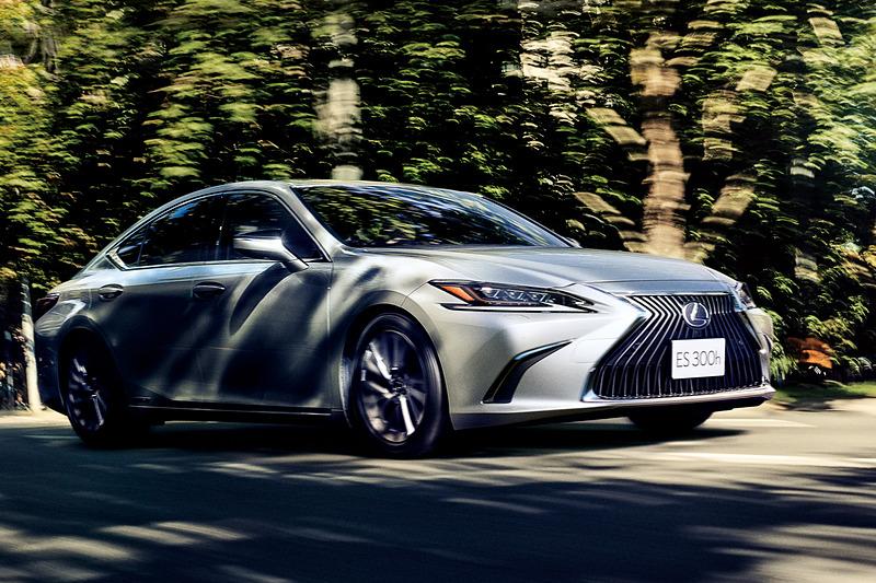新世代の「GA-Kプラットフォーム」やさまざまな技術により、新しいESでは歴代モデルで重視してきた上質な走りに加え、新世代レクサスモデルとしてのスポーティさを手に入れているという