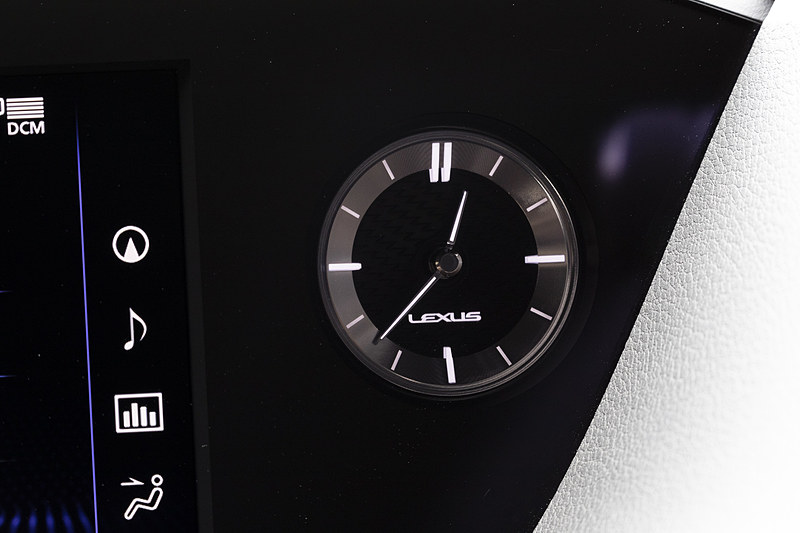 GPS時刻補正機能付きのアナログ時計