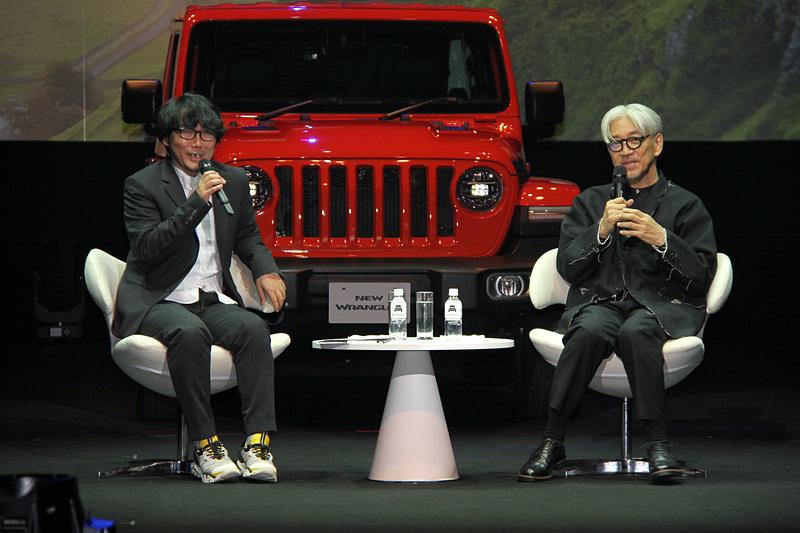 音楽家 坂本龍一氏とWIRED日本版 元編集長の若林恵氏による特別対談