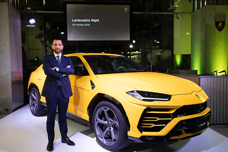 スーパーSUV「ウルス」の日本でのデリバリー開始を祝して「Lamborghini Night」を開催。ランボルギーニ・ジャパン カントリー・マネージャーのフランチェスコ・クレシ氏が挨拶を行なった