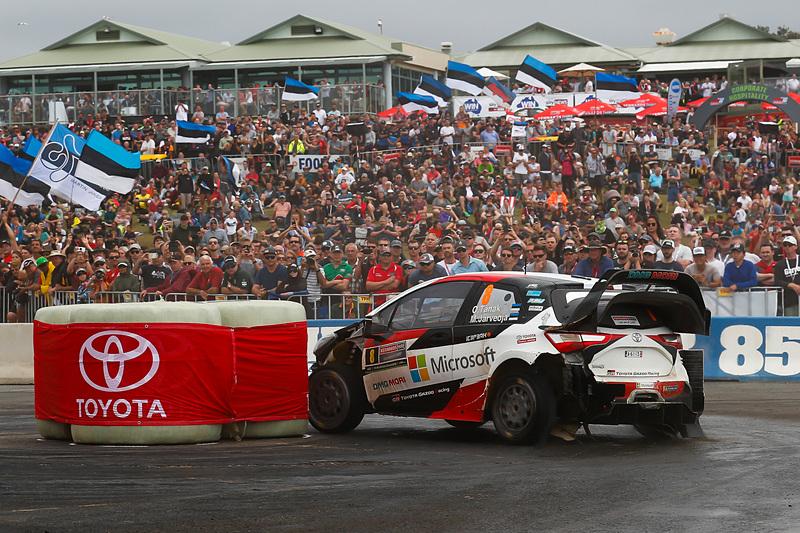 WRC 第13戦 ラリー・オーストラリアで走行するヤリスWRC