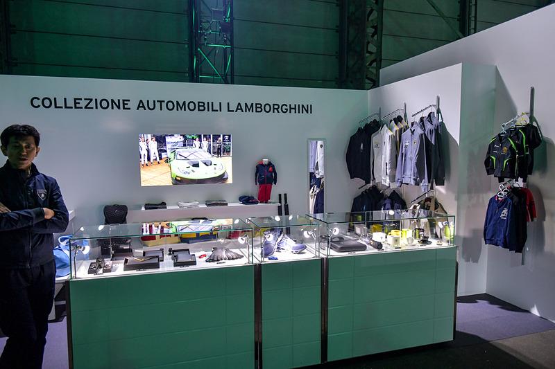 ライセンス商品を扱う「CAL(Collezione Automobili Lamborghini)」