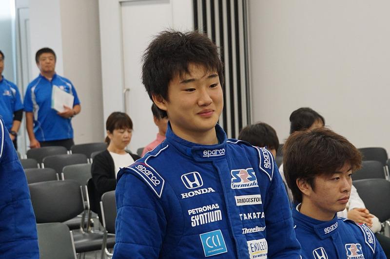 2016年にSRS-Fアドバンスを終了し、スカラシップ候補生に選ばれた時の角田選手、当時16歳